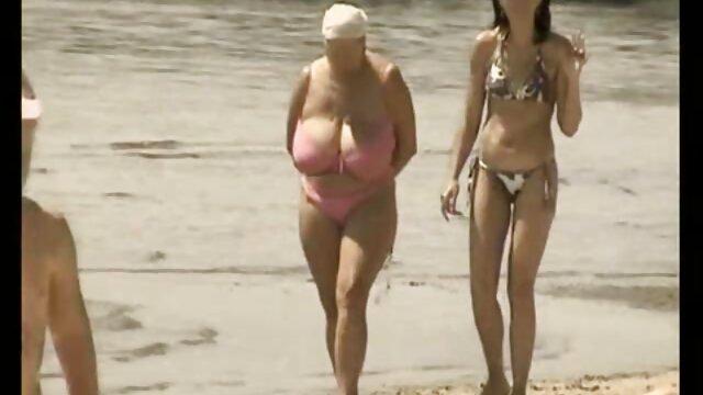 سینه های بزرگ برای خلاص شدن از شر زنان بالغ دانلود فیلم سوپر سن بالا خیلی کوچک است