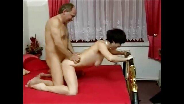 Carmella دانلود فیلم و عکس سوپر سکسی کار بسیار خوبی انجام می دهد
